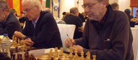 Elderly-chess-game-580x250